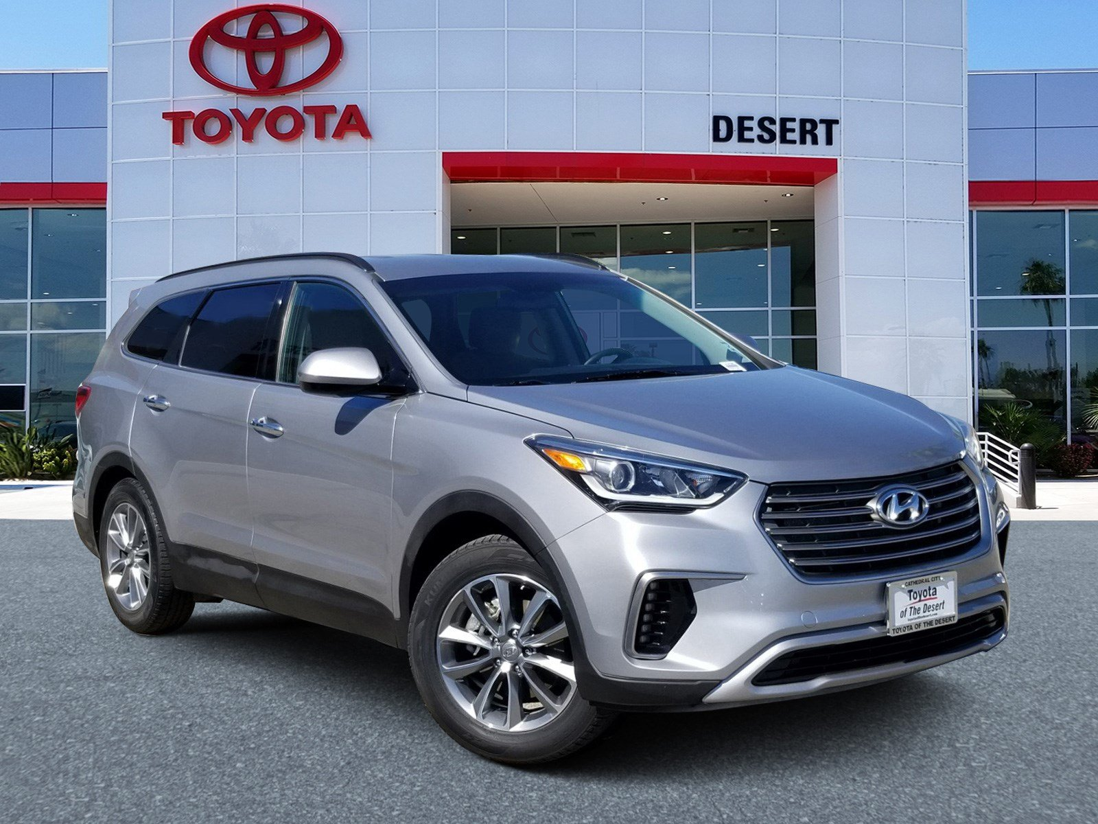Toyota Of The Desert >> Pre Owned 2018 Hyundai Santa Fe Se Fwd Sport Utility